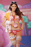 th_07760_fashiongallery_VSShow08_Show-187_122_1054lo.jpg