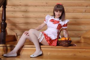 http://img154.imagevenue.com/loc417/th_105409119_tduid300163_Silver_Sandrinya_maid_1_098_122_417lo.JPG